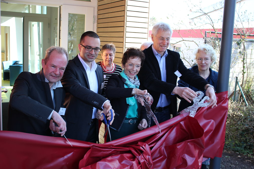 With a ceremonial rope-cut the new building of the childcare facility was opened.